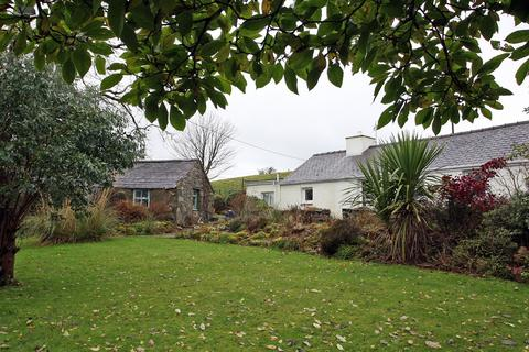 2 bedroom cottage for sale - Cae Goronwy, Upper Llandwrog, North Wales