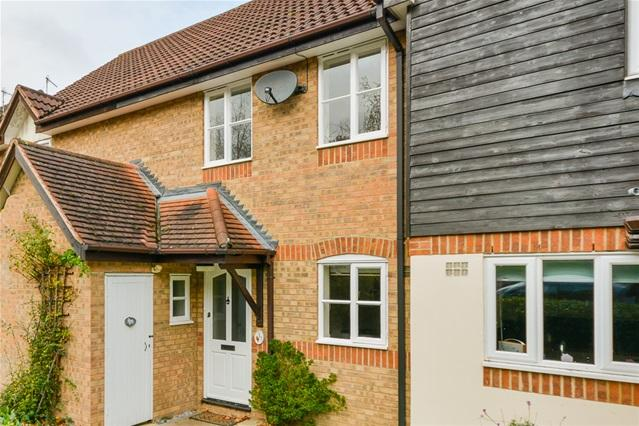 3 Bedrooms House for sale in Fallow Rise, Hertford
