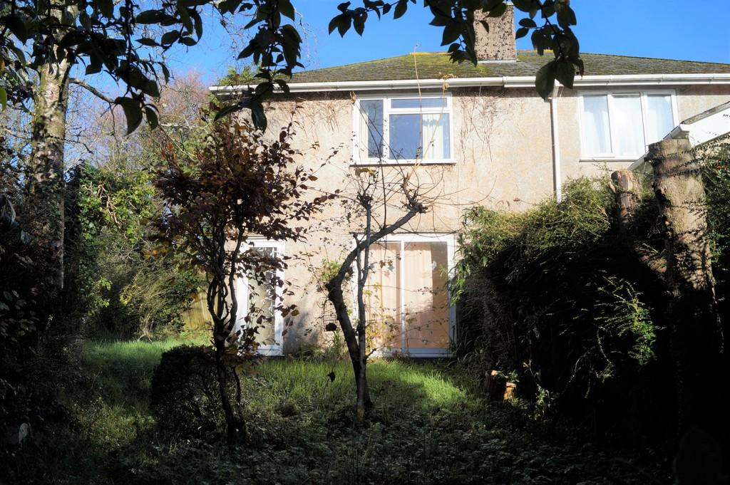 2 Bedrooms Semi Detached House for sale in Mary Tavy