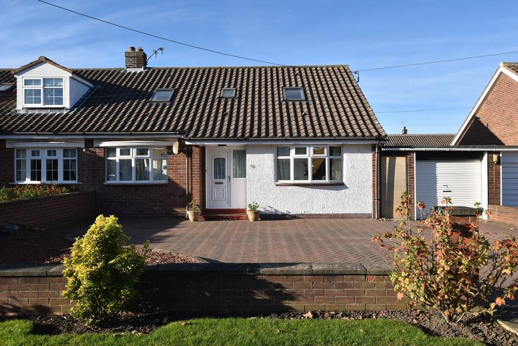 4 Bedrooms Semi Detached House for sale in West Meadows Road, Cleadon