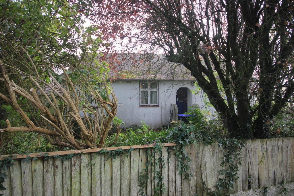3 Bedrooms Detached Bungalow for sale in HIGHFIELD LANE, WOODFALLS, SALISBURY, WILTSHIRE, SP5 2NG