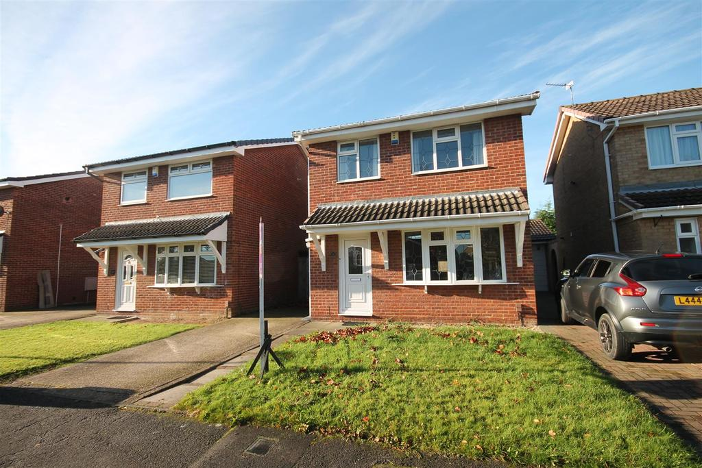 3 Bedrooms House for sale in Harebell Close, Ingleby Barwick, Stockton-On-Tees