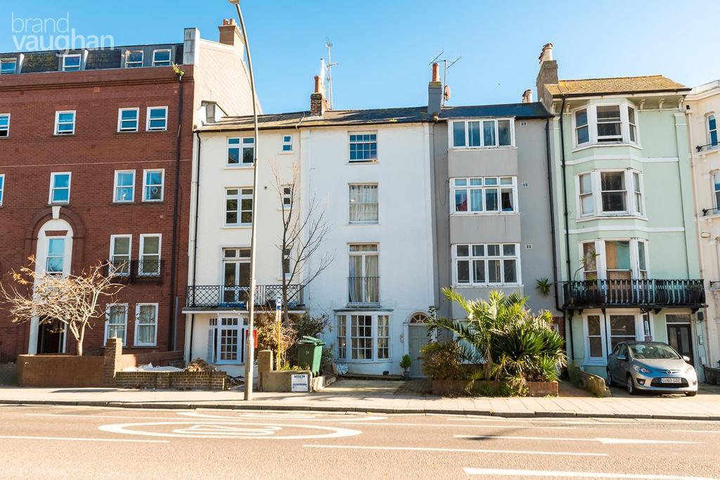 1 Bedroom Flat for sale in Richmond Place, Brighton, Brighton, bn2