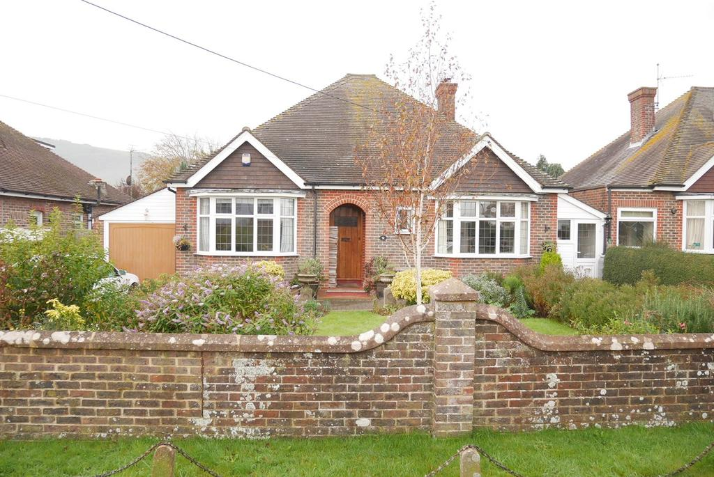 2 Bedrooms Detached Bungalow for sale in The Paragon, Wannock, Eastbourne, BN20