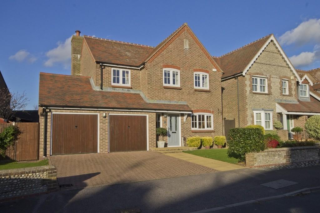 4 Bedrooms Detached House for sale in Shoreham