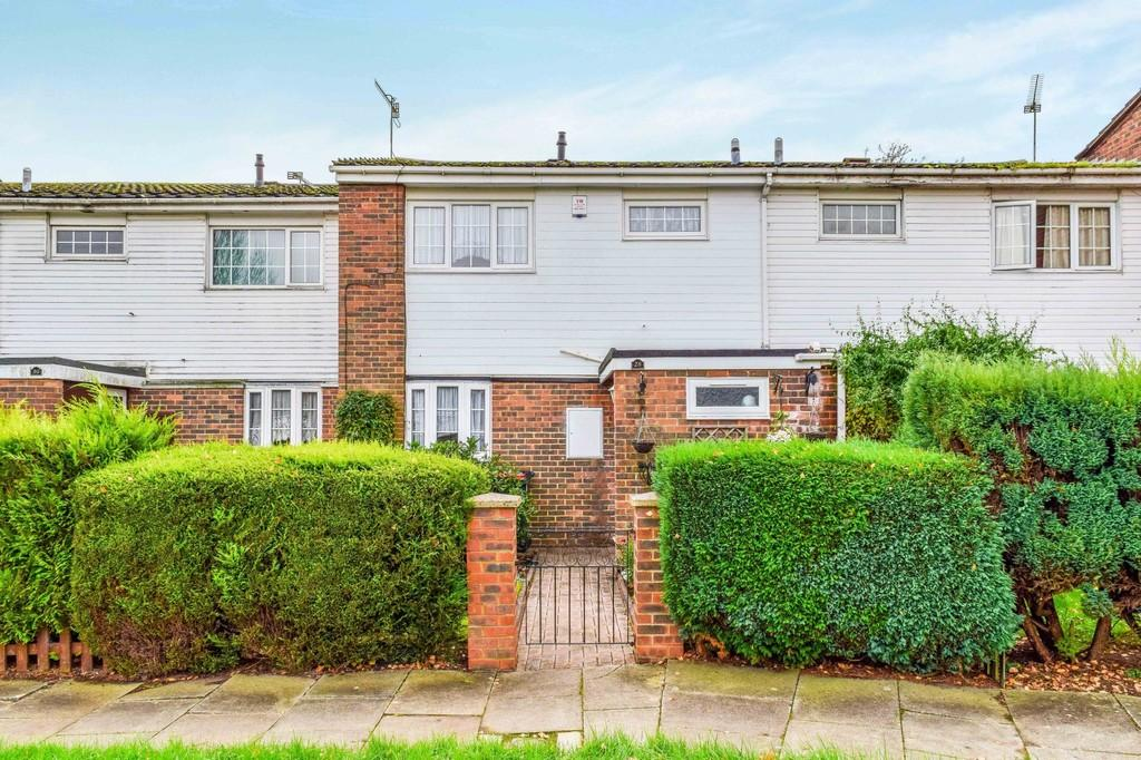 3 Bedrooms Terraced House for sale in Tussock Close, Bewbush
