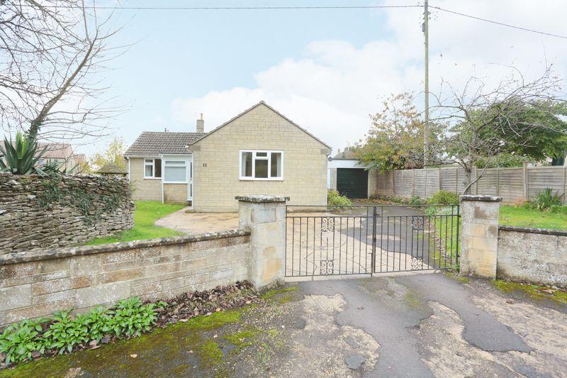2 Bedrooms Detached Bungalow for sale in Kington St Michael, Chippenham