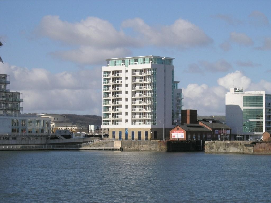 Studio Flat for sale in Ocean Reach,Havannah Street,Cardiff Bay.