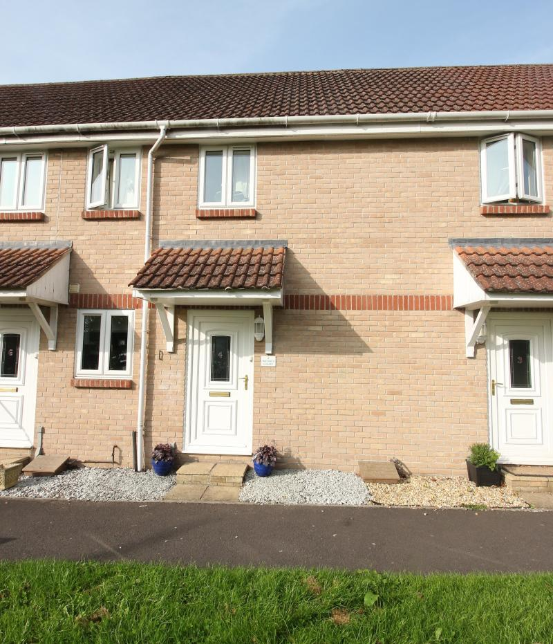 2 Bedrooms Terraced House for sale in off Woodcock Road, WARMINSTER, BA12