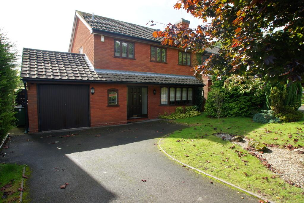4 Bedrooms Detached House for sale in Stoney Croft, Cannock