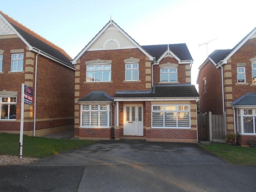 4 Bedrooms Detached House for sale in Mckenzie Way, Kiveton Park