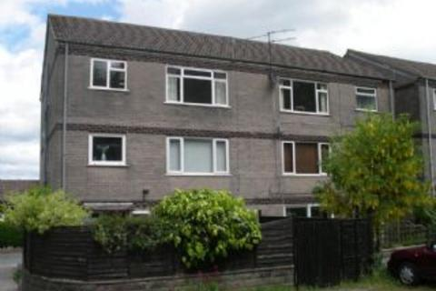 2 bedroom flat to rent - RUMNEY - Unfurnished 2nd Floor Flat with off road parking just minutes away from local shops