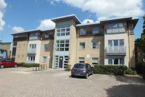 2 bedroom flat to rent - Sotherby Drive, Golden Valley, Cheltenham