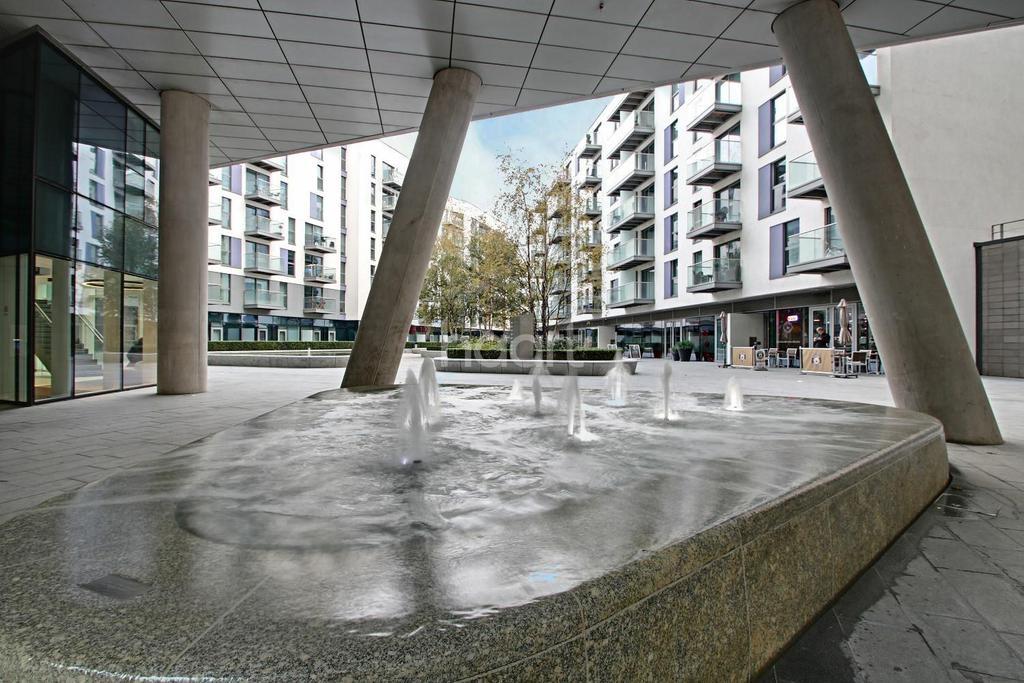 1 Bedroom Flat for sale in Tennyson Apartments, Saffron Square, Croydon, CR0