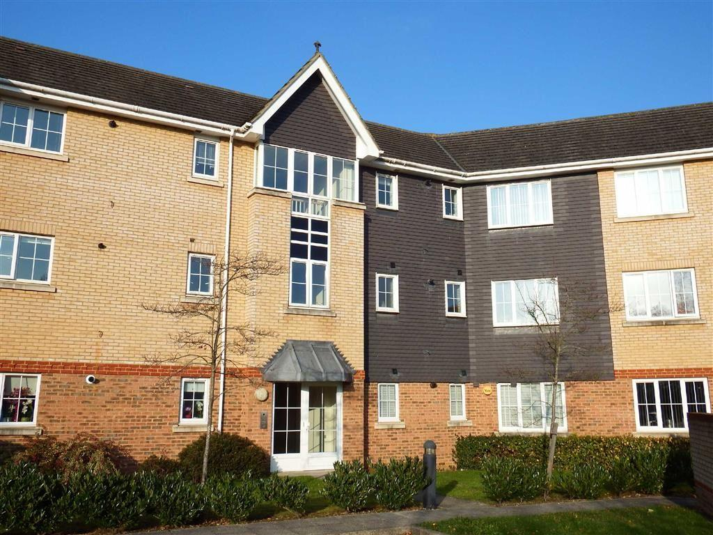 2 Bedrooms Apartment Flat for sale in Priestley Road, Stevenage, Hertfordshire, SG2