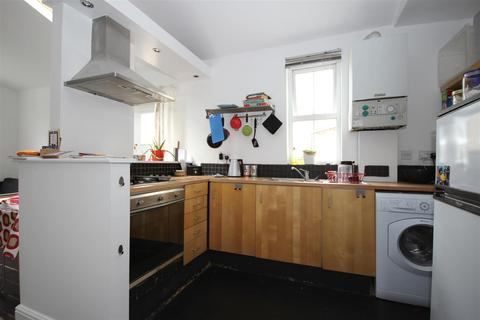 2 bedroom apartment to rent - Acton Lane, Harlesden, NW10 8UT