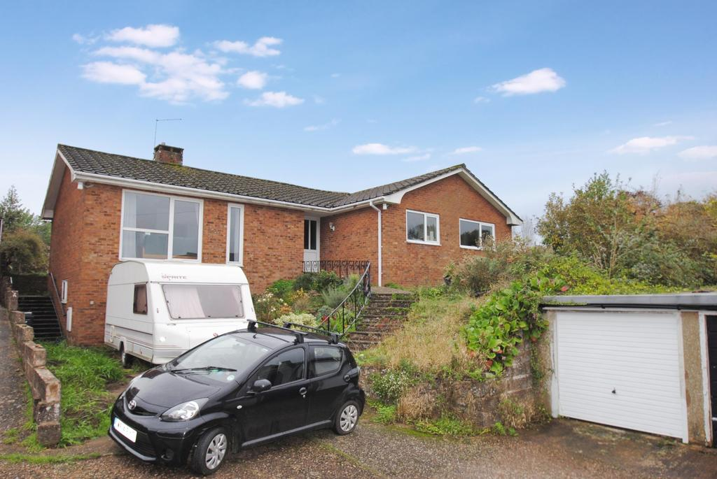 4 Bedrooms Bungalow for sale in Church Street, Wiveliscombe