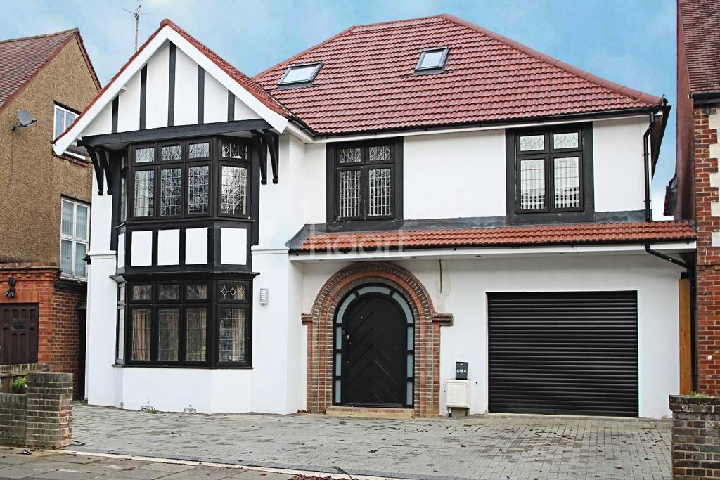 7 Bedrooms Detached House for sale in In A League Of Its Own On Alexandra Avenue