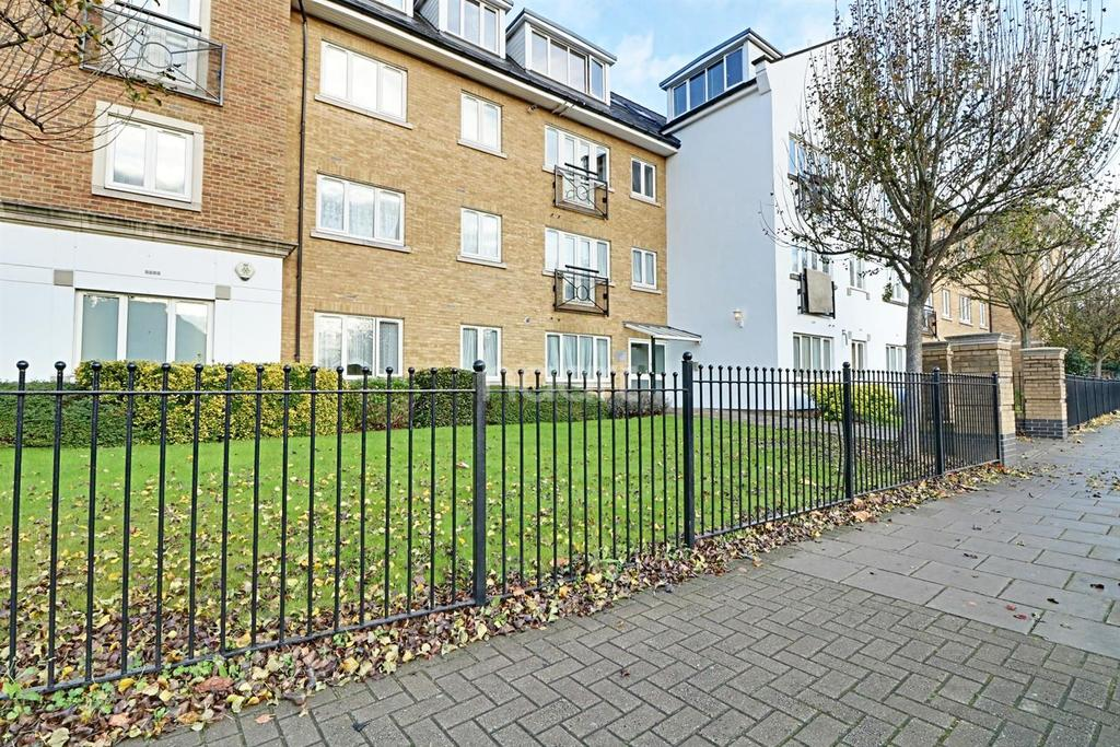 2 Bedrooms Flat for sale in Century House, Forty Avenue, Wembley Park