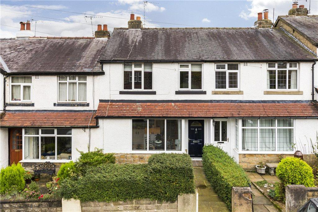 3 Bedrooms Terraced House for sale in Cleasby Road, Menston, Ilkley, West Yorkshire
