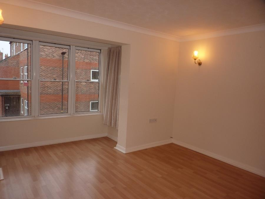 10 Fir Lodge Court, Northallerton   Sitting Room.J