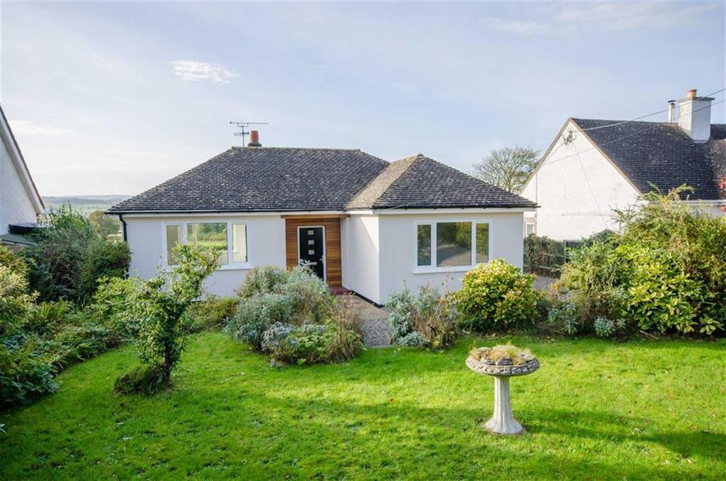 2 Bedrooms Detached Bungalow for sale in Llanbedr Dyffryn Clwyd, Ruthin