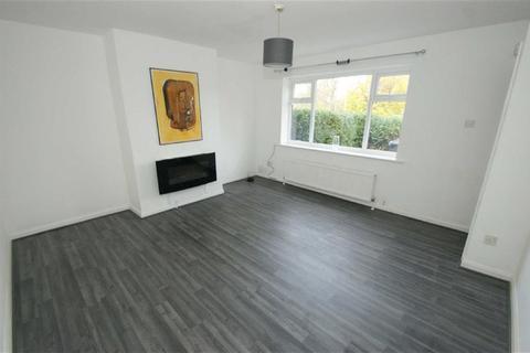 3 bedroom terraced house to rent - Wykebeck Valley Road, LS9