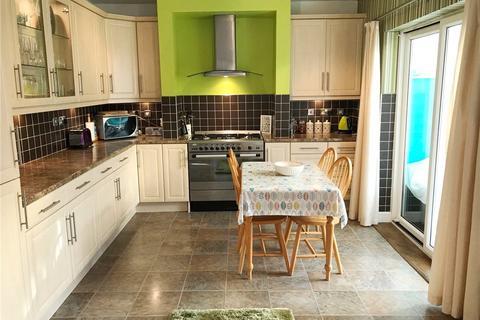3 bedroom semi-detached house to rent - Halliday Road, Armley, Leeds
