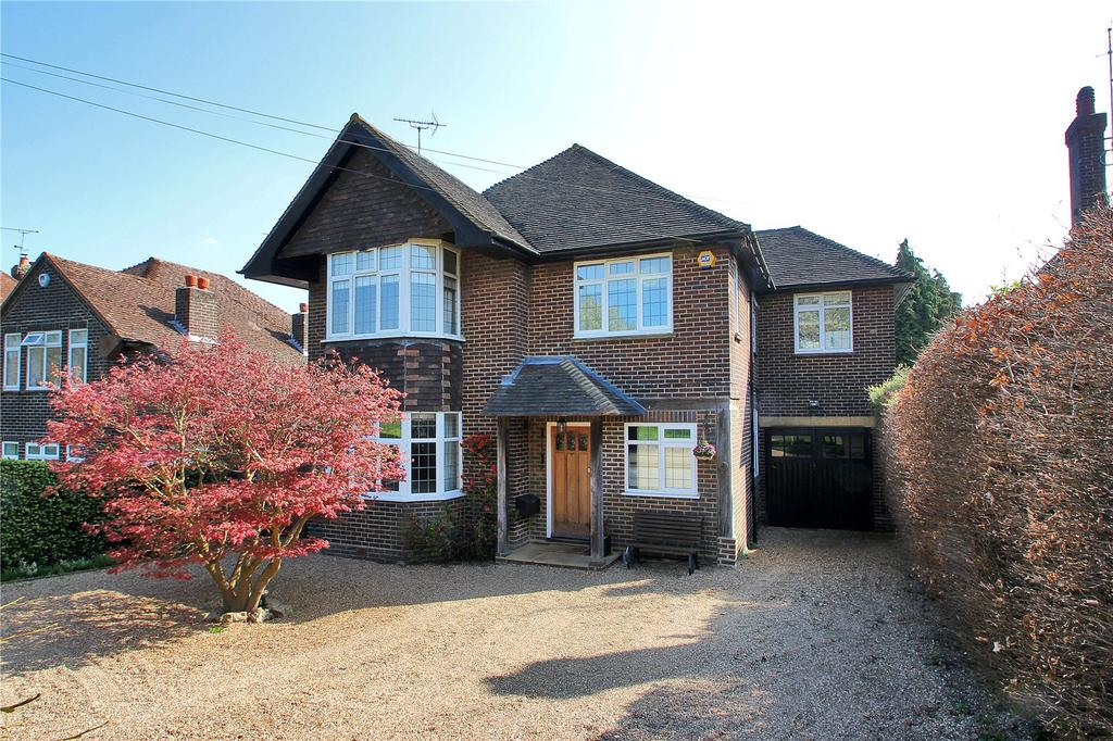 4 Bedrooms Detached House for sale in Barnfield Road, Riverhead, Sevenoaks, Kent