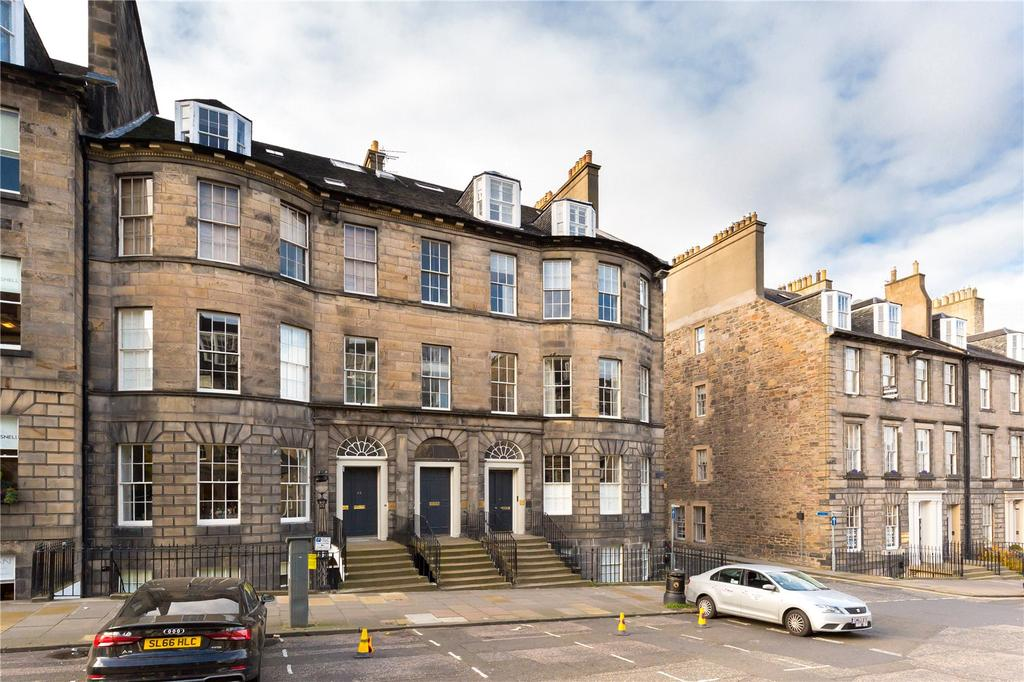 3 Bedrooms Flat for sale in North Castle Street, Edinburgh