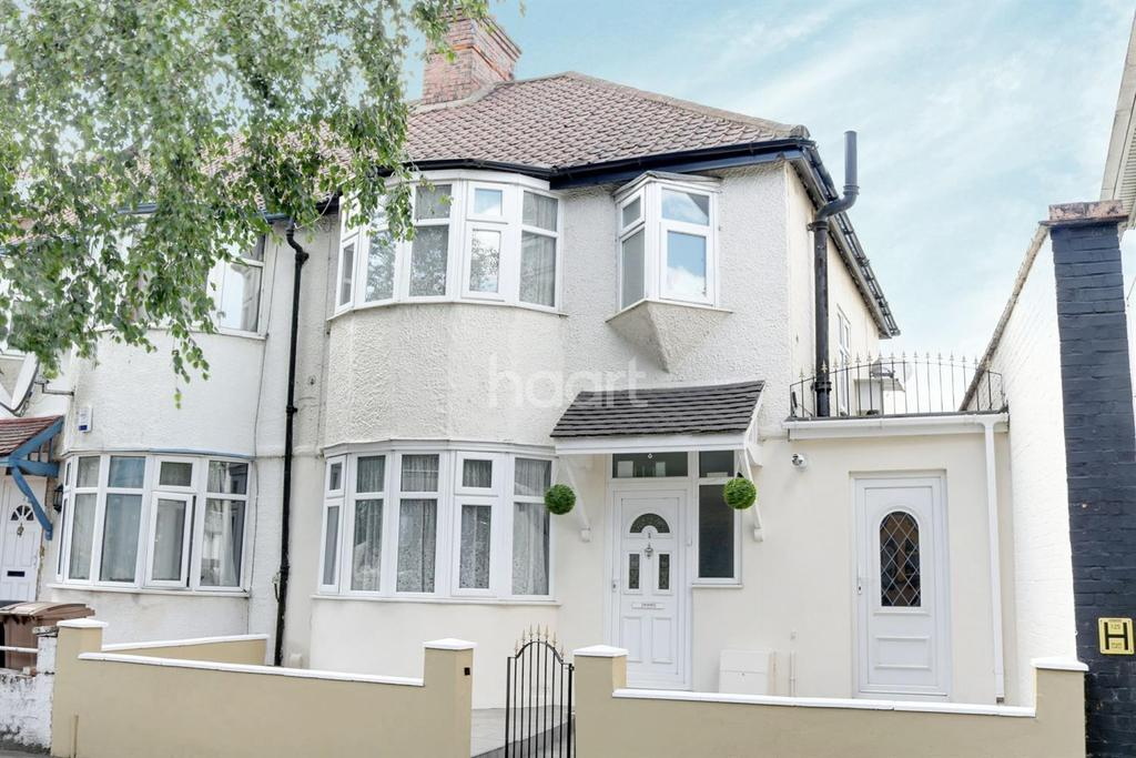 3 Bedrooms End Of Terrace House for sale in Wellington Road, Leyton