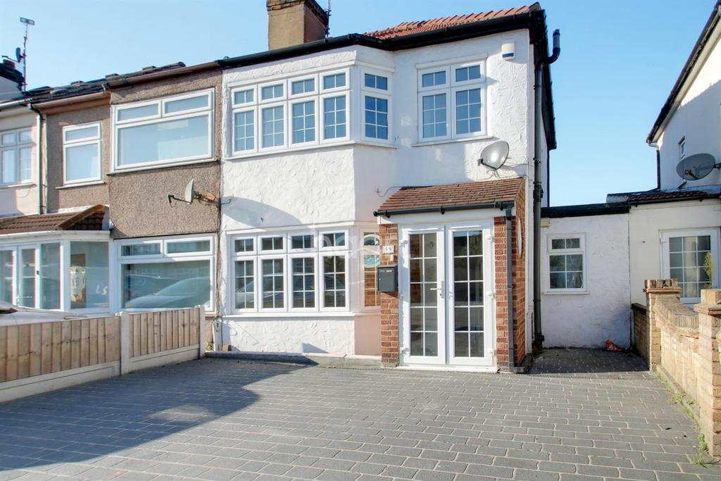 3 Bedrooms End Of Terrace House for sale in Gelsthorpe Road, Collier Row, Romford