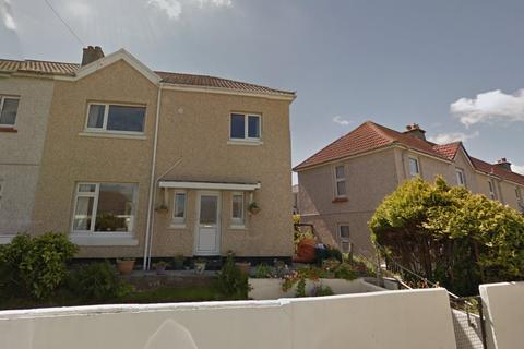 4 bedroom semi-detached house to rent - Meadowbank Road, Falmouth TR11