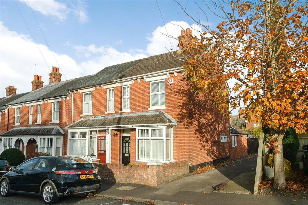 4 Bedrooms House for sale in Alexandra Road, Basingstoke, Hampshire, RG21