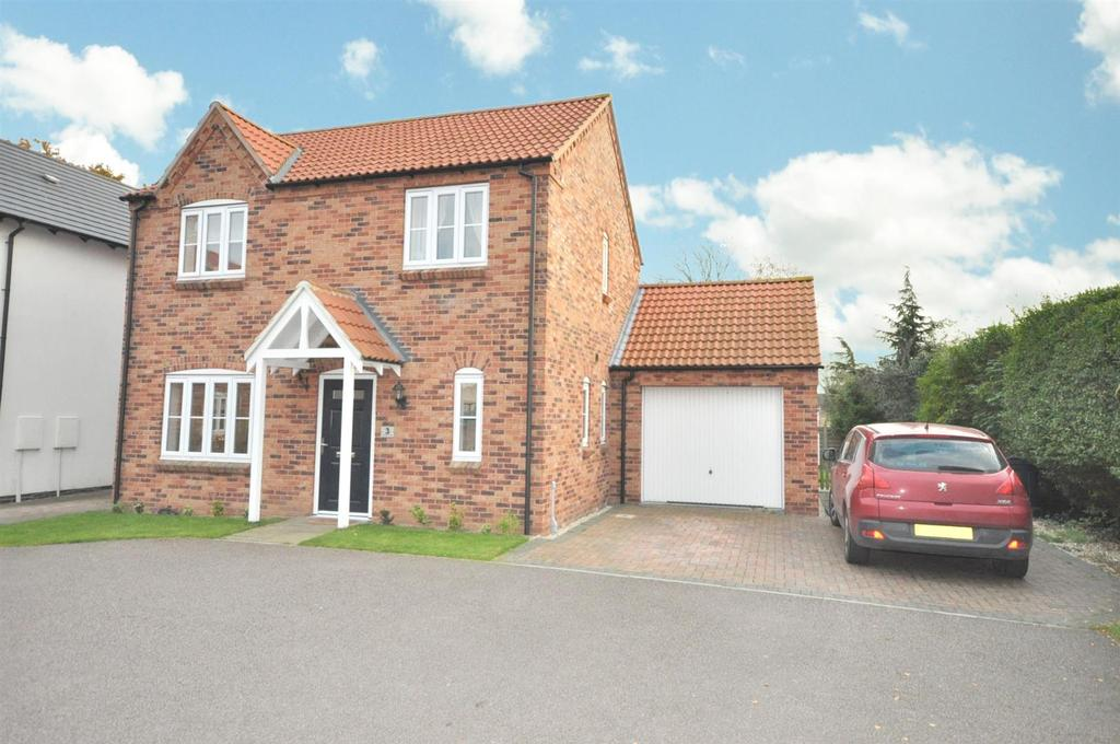 4 Bedrooms Detached House for sale in Boundary Close, Whatton, Nottingham