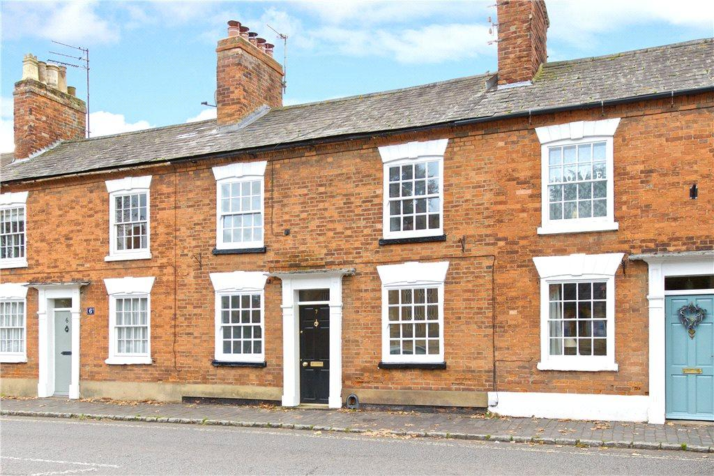 3 Bedrooms Unique Property for sale in High Street South, Olney, Buckinghamshire