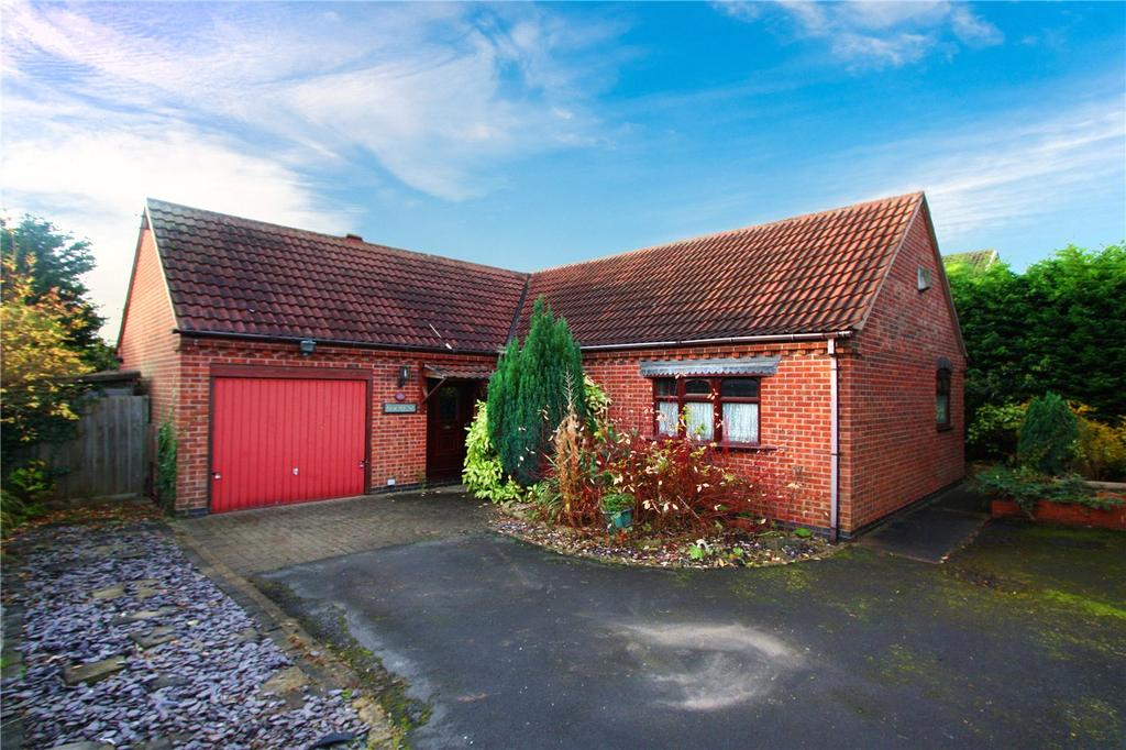 3 Bedrooms Bungalow for sale in Colston Gate, Cotgrave, Nottingham, NG12