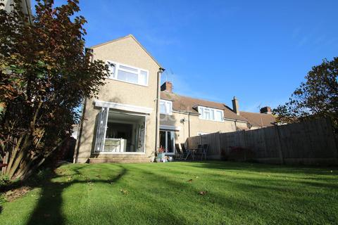 4 bedroom semi-detached house for sale - Sandford Road, Chelmsford