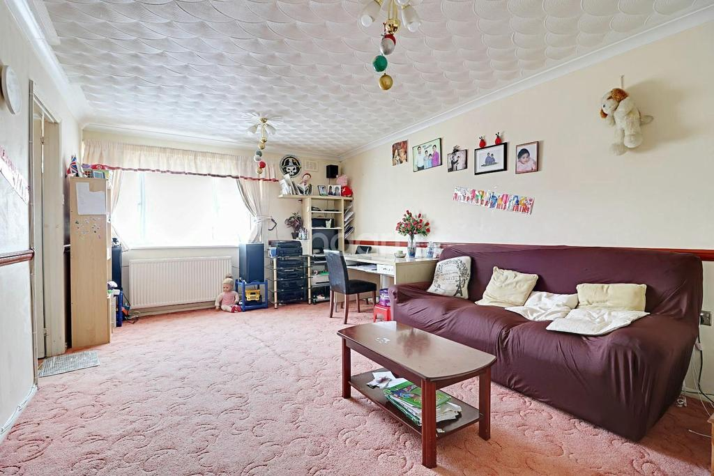 2 Bedrooms Bungalow for sale in Pendennis Road, Swindon, WIltshire