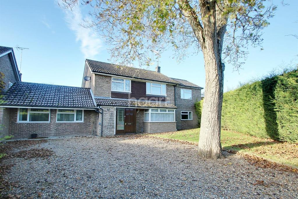 4 Bedrooms Detached House for sale in Crown Crescent, Ixworth