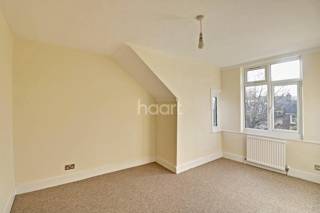 2 Bedrooms Flat for sale in High Street South, Dunstable, LU6
