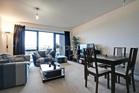 2 bedroom flat for sale - Purley Way, Croydon, CR0