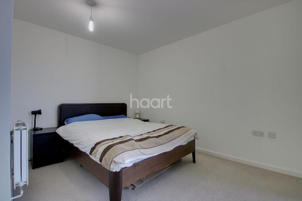 2 Bedrooms Flat for sale in Purley Way, Croydon, CR0