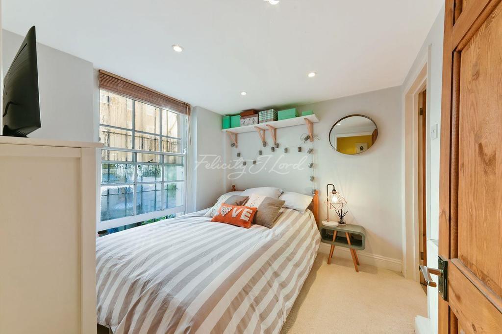 1 Bedroom Flat for sale in Balls Pond Road, Islington, N1