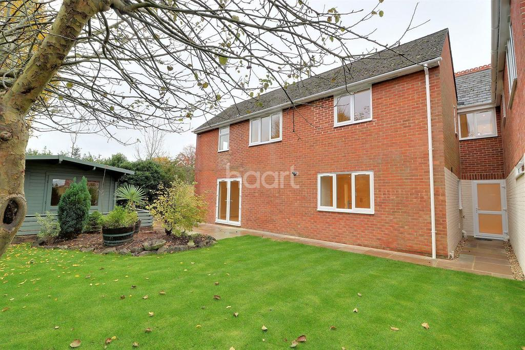 4 Bedrooms Terraced House for sale in Liphook Road, Lindford, Hampshire