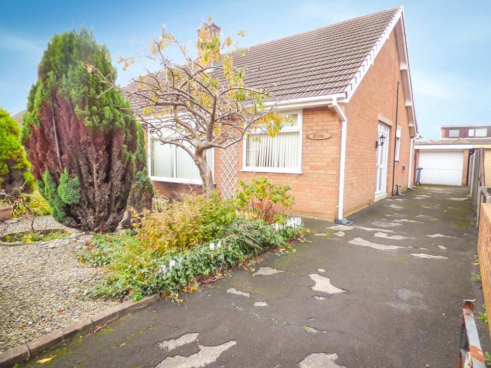 3 Bedrooms Semi Detached Bungalow for sale in Nithside, Marton, Blackpool