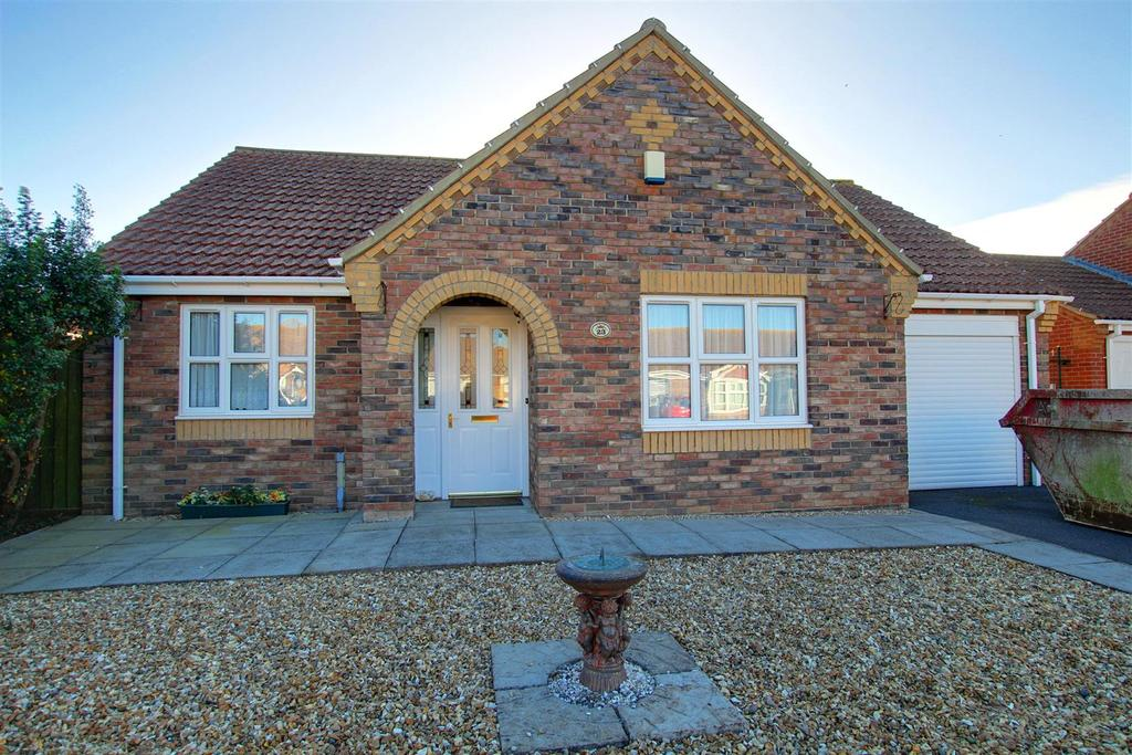 2 Bedrooms Detached Bungalow for sale in 23 Faldos Way, Mablethorpe