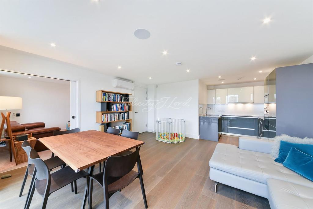 3 Bedrooms Flat for sale in Decorum Apartments, Wenlock Road, N1