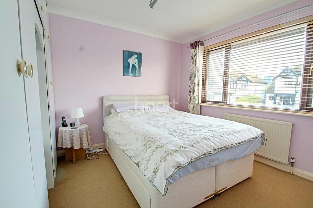 4 Bedrooms Semi Detached House for sale in Percy Avenue, Broadstairs, CT10