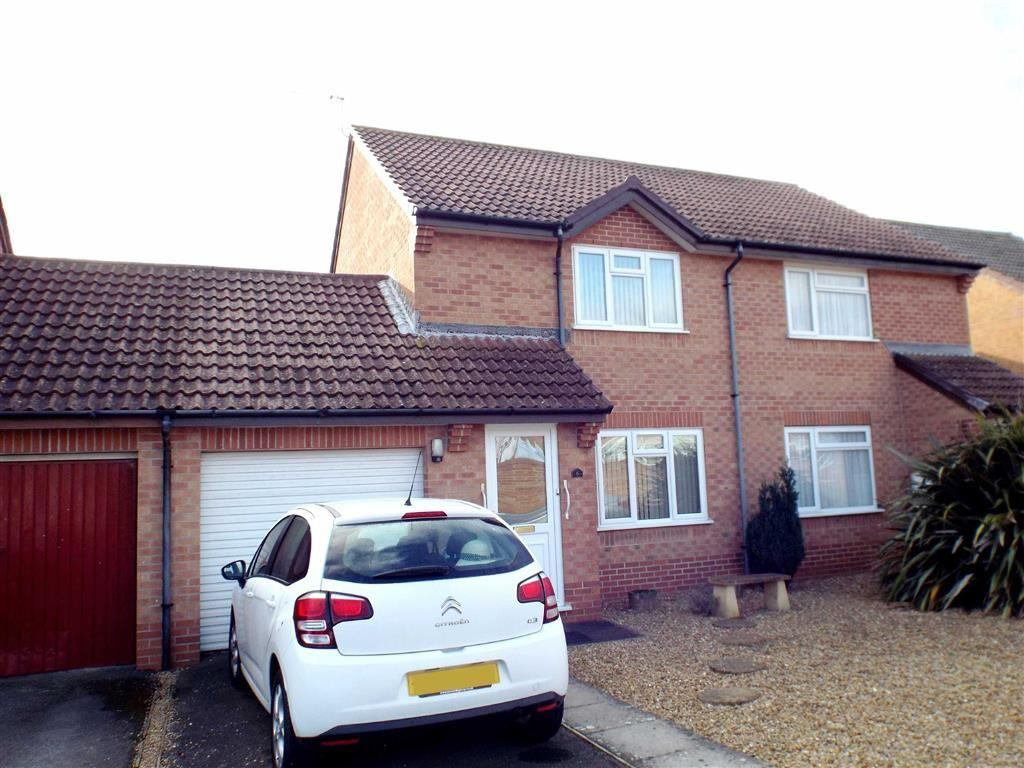 2 Bedrooms Link Detached House for sale in Palmers Close, Burnham On Sea